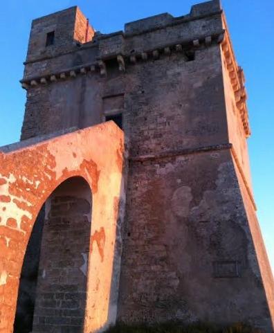 Torri costiere di Puglia: viaggio alla scoperta delle sentinelle del mare