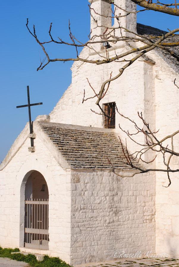 Puglia – Scorcio dell'Abbazia di S. Maria di Barsentum, Noci (Bari) – Ph. © Rossella Mazzotta