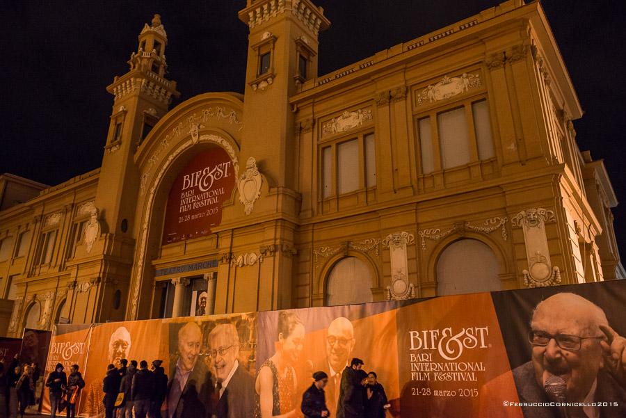 Puglia - Il Teatro Margherita, sede degli incontri con gli attori, delle conferenze stampa sui film in concorso e della mostra di manifesti dedicata al cinema di Fritz Lang -  – Ph. © Ferruccio Cornicello