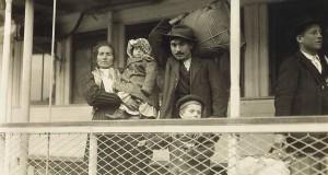 L'emigrazione dal Sud Italia agli inizi del '900 nelle immagini di Lewis W. Hine
