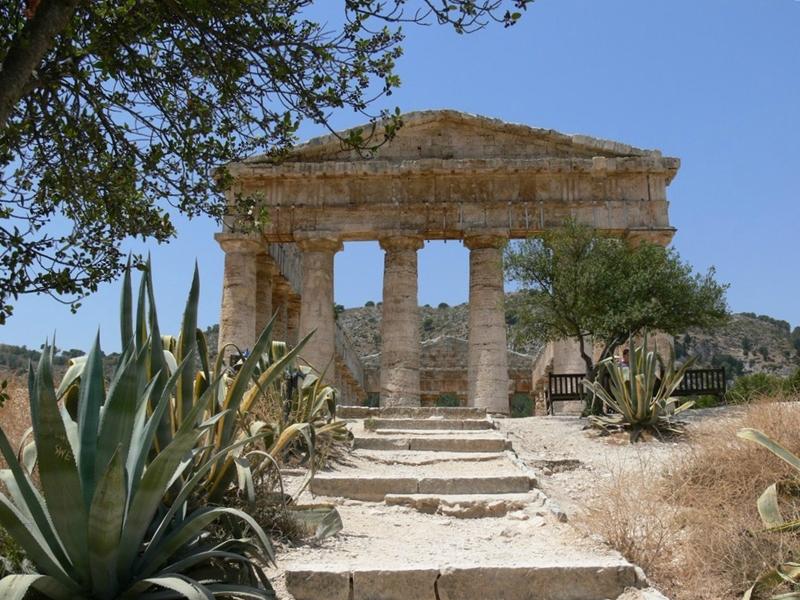 Tempio di Segesta, il frontone, V sec. a.C.