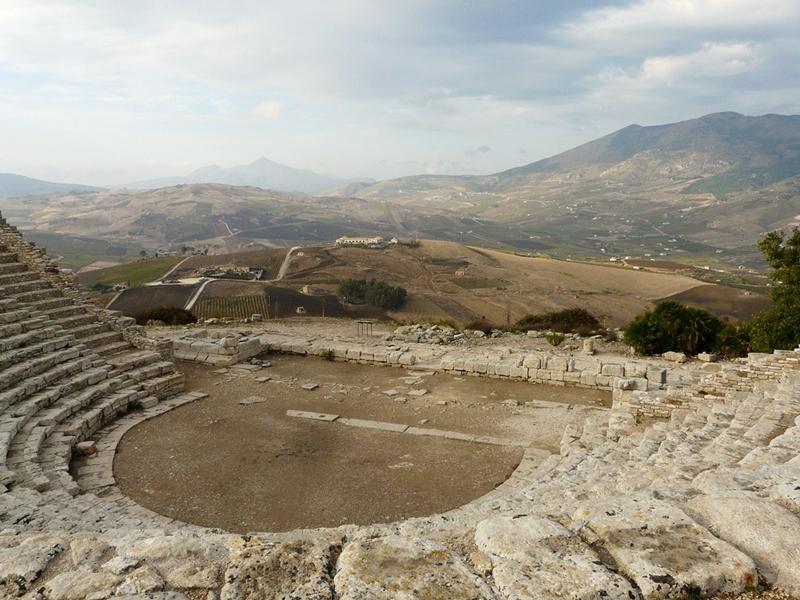 Teatro di Segesta - Image source