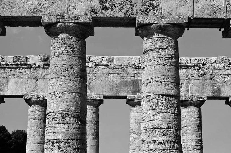 Colonnato, Segesta - Ph. Mingo Hagen | ccby2.0