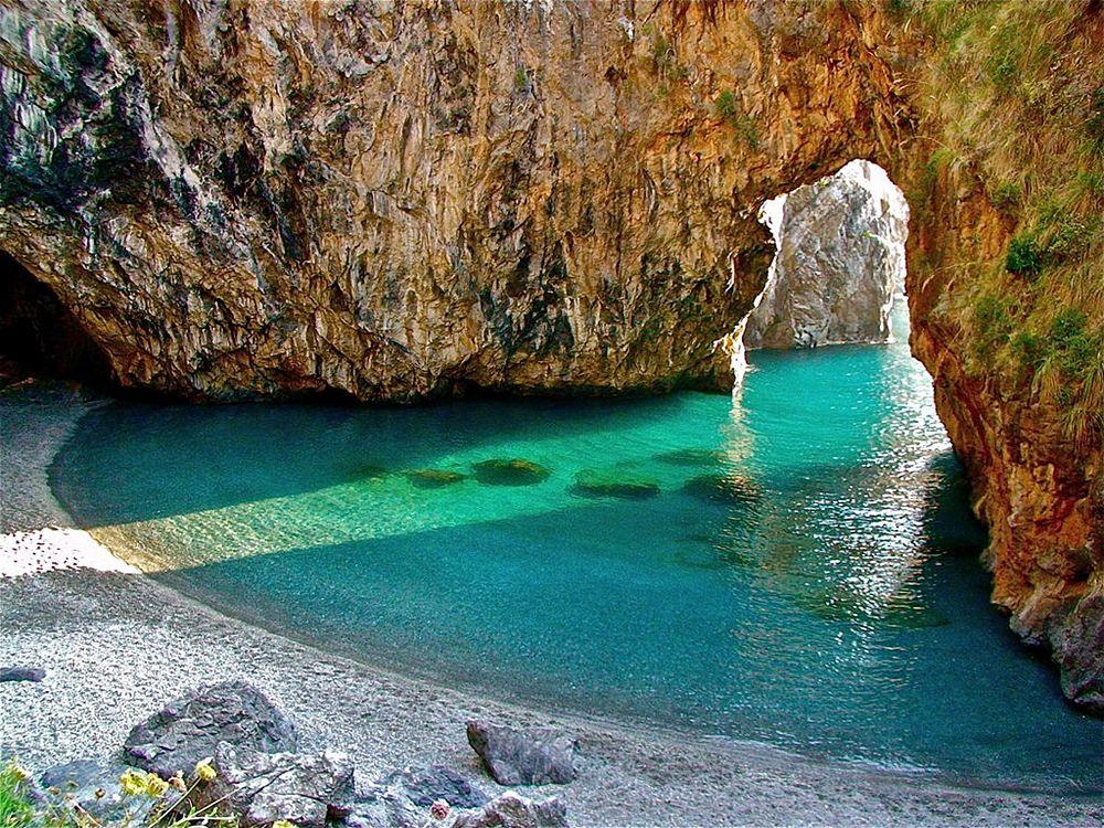 Calabria - Spiaggia dell'Arco Magno, S. Nicola Arcella (Cs) – Ph. © Stefano Contin