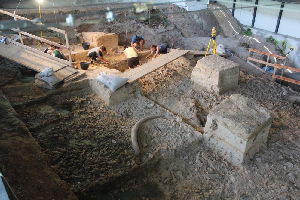 Scavi nel sito paleolitico de La Pineta, ad Isernia - Ph. Carlo Peretto