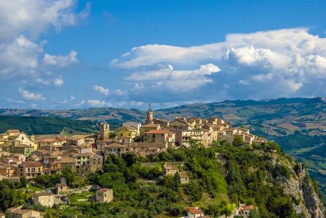 Veduta panoramica del borgo di Castropignano - Ph.  Fiore Silvestro Barbato | CCBY-SA2.0