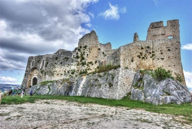 Molise - Castello di Castropignano (Campobasso) - Ph.  Fiore Silvestro Barbato | CCBY-SA2.0