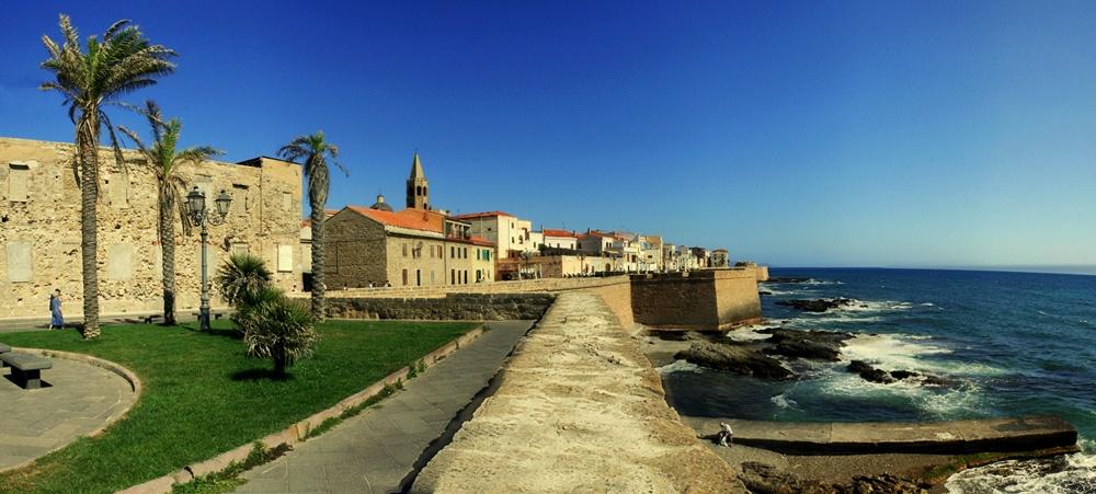 Veduta di Alghero dai bastioni - Ph. jimmyroq | CCBY-SA2.0