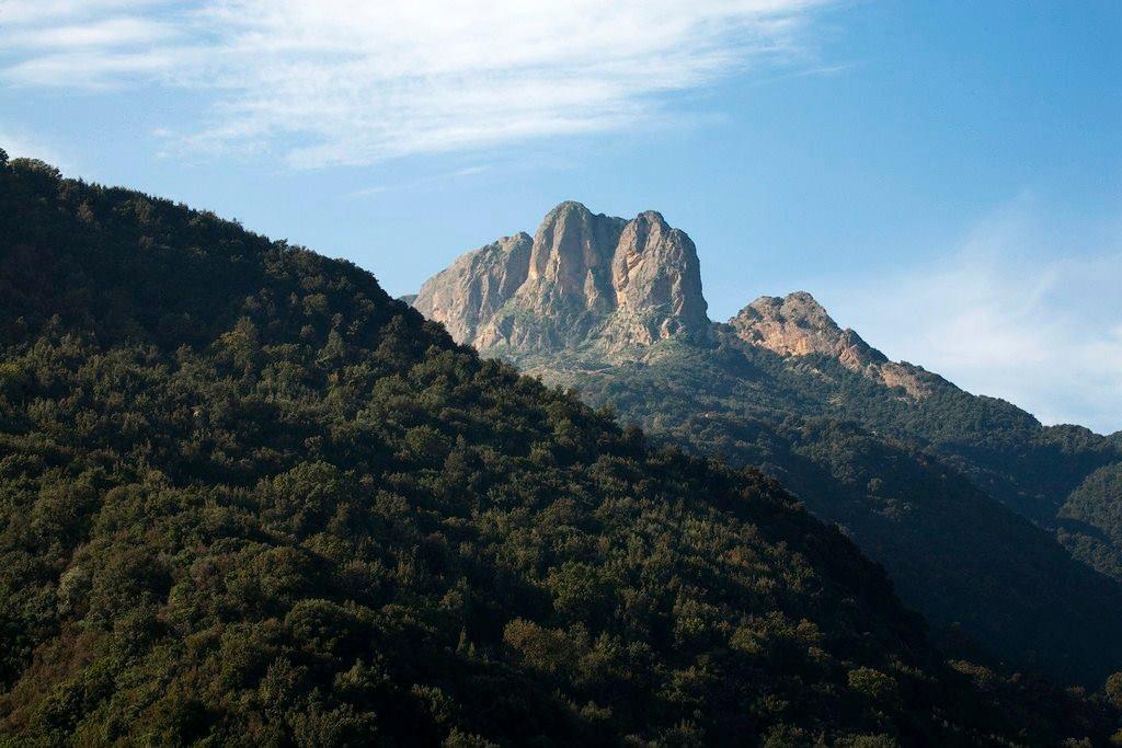 Calabria - I Tre Pizzi di Antonimina, Parco nazionale dell'Aspromonte (Reggio Calabria) - Ph. Aurelio Candido | Courtesy dell'Autore