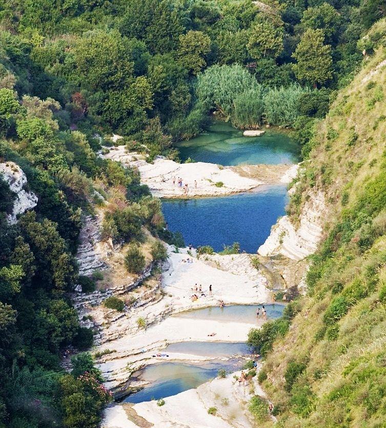 Sicilia - I laghetti di Cavagrande del Cassibile, Avola (Siracusa) - Ph. Carlo Columba | CCBY-SA2.5