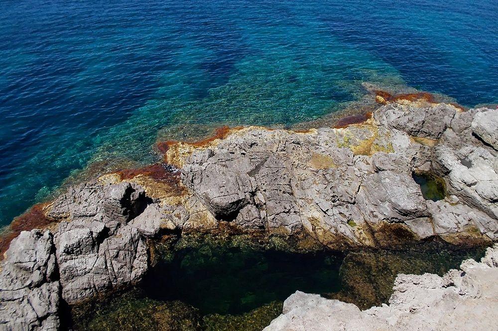 Sardegna - Scorcio della piscina naturale di Is Praneddas, Isola di Sant'Antioco (Carbonia-Iglesias) - Ph. Igiea Fieldmann | CCBY2.0