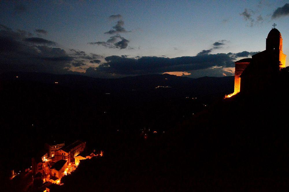 Basilicata - Veduta notturna di Anzi (Potenza) - Ph. © Angela Capurso
