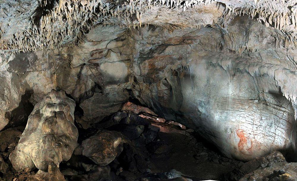 Interno della Grotta Paglicci, Rognano Garganico (Foggia) - Ph. courtesy Stefano Ricci / PNAS