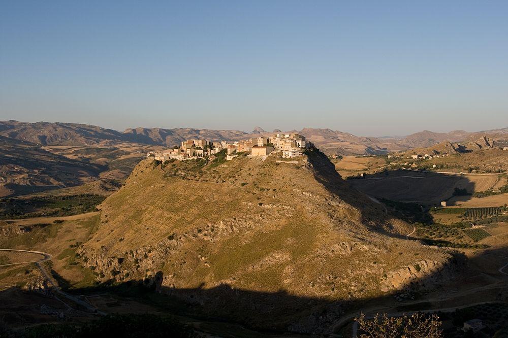 Veduta di Sant'Angelo Muxaro (Ag) - Ph. Carlo Columba | CCBY-SA2.0