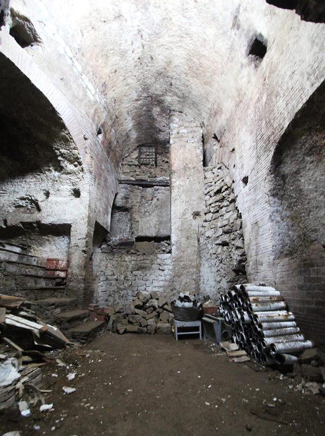 Scorcio del tratto di acquedotto Augusteo ritrovato - Ph. Salvatore Agizza via pagina Facebook Celanapoli Carlo Leggieri