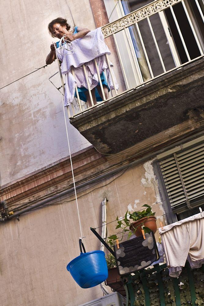 Campania - Napoli, 'o panaro - Ph. The Chronicles of Farnia