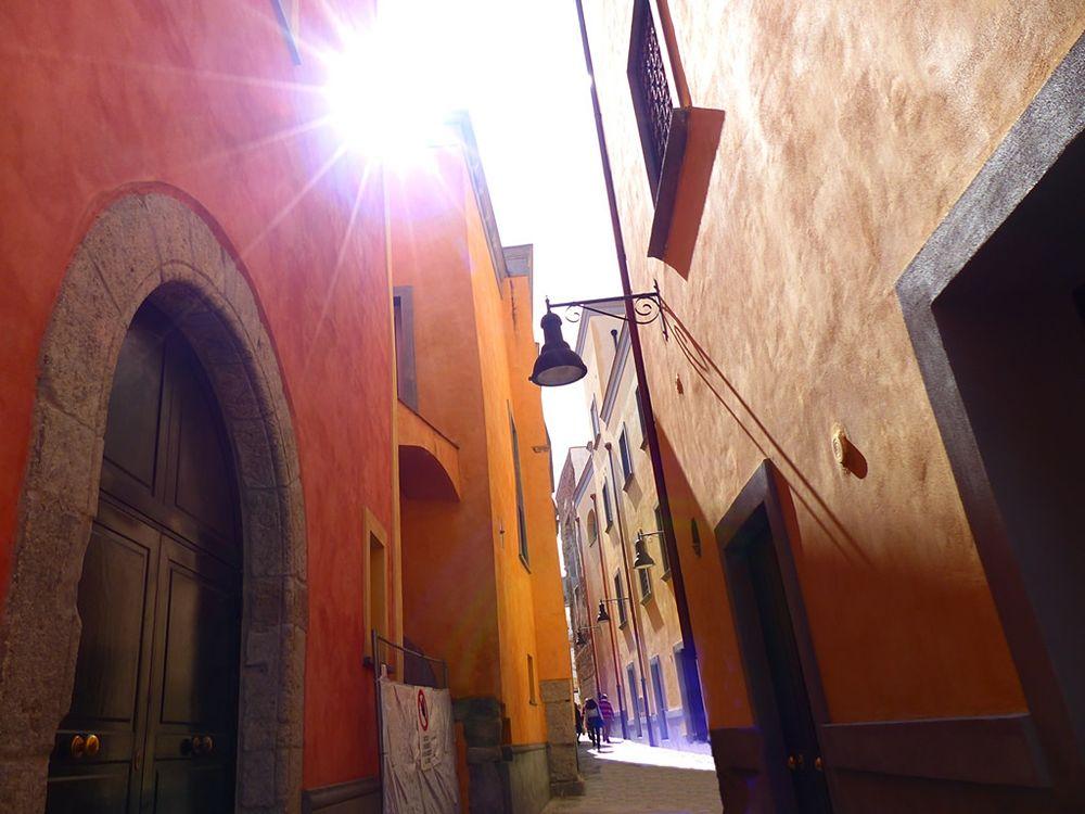 Campania - Rione Terra, Pozzuoli (Napoli) - Ph. Dilexa> (studying) | CCBY-SA2.0
