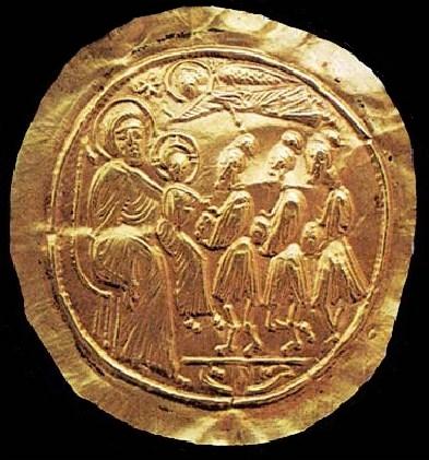 Brattea aurea bizantina con scena di Adorazione dei Magi, da Tiriolo (Cz), Museo Provinciale di Catanzaro