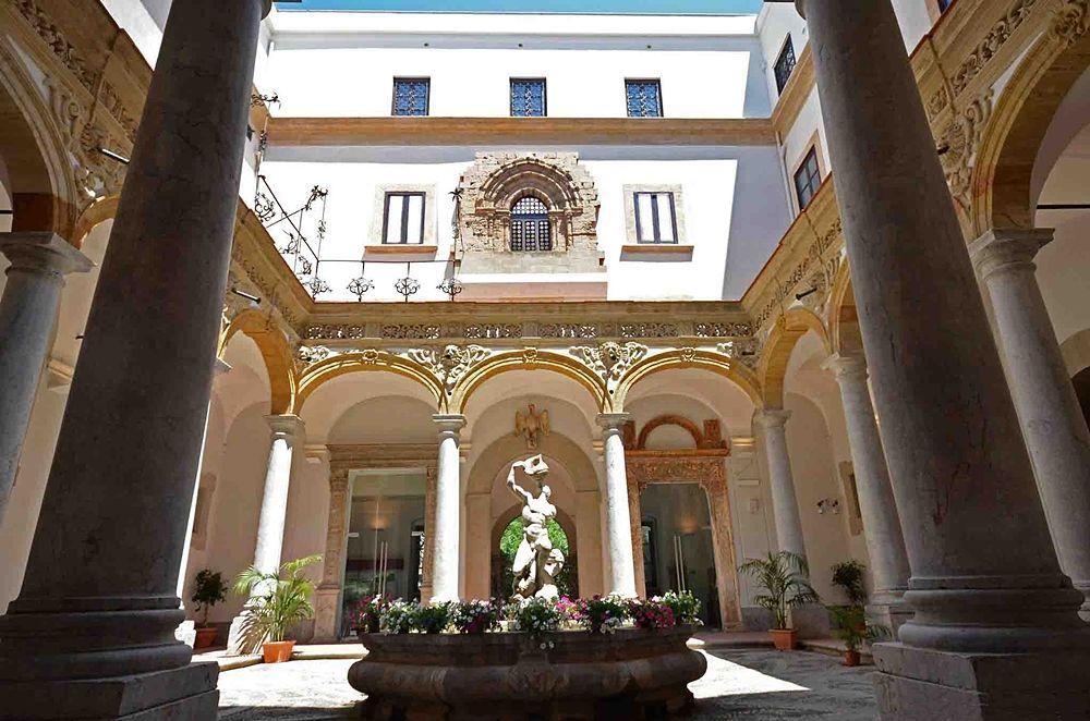 """Scorcio del Museo Archeologico """"Salinas"""" di Palermo"""