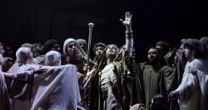"""Buona accoglienza al Petruzzelli di Bari per il """"Nabucco"""" di Böer e Franconi Lee"""