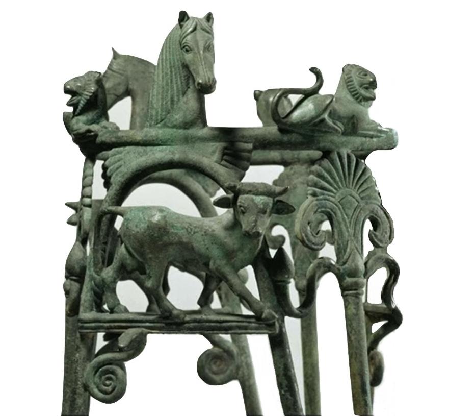 Particolare del Tripode di Metaponto, 560-550 a.C. - Altes Museum, Staatliche Museen, Berlino