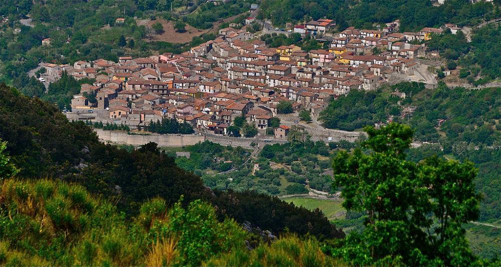 Calabria - Veduta panoramica di San Lorenzo Bellizzi - Ph. © Stefano Contin