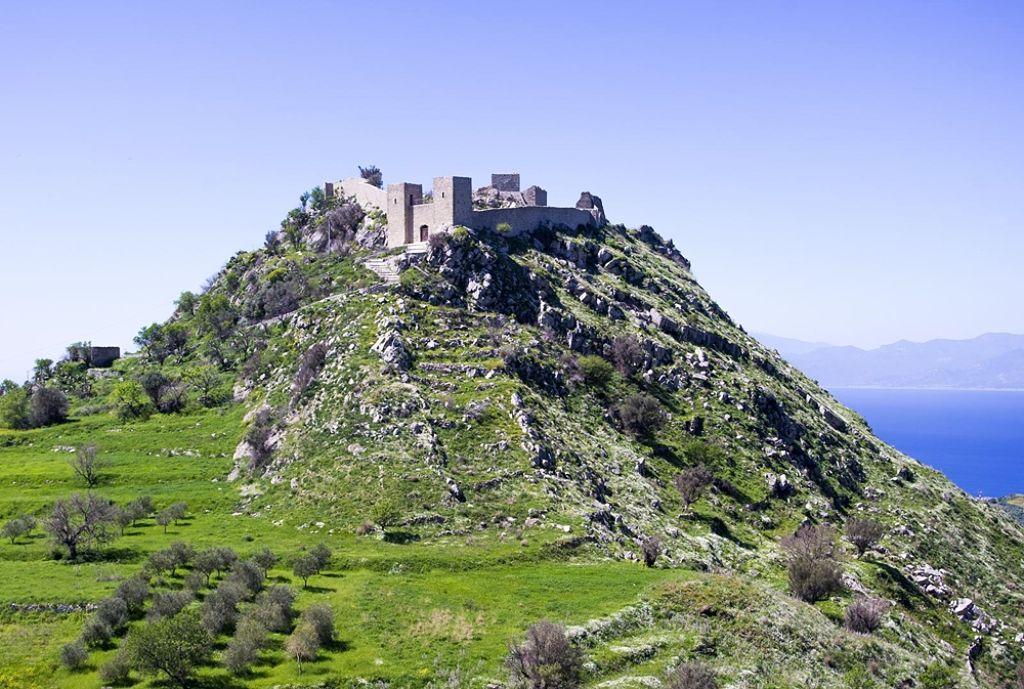 Il Castello di Sant'Aniceto, a Motta S. Giovanni - Ph. © Vince Gelso