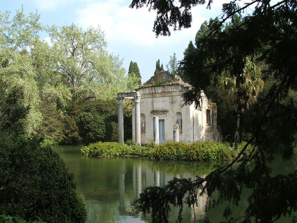 Campania - Scorcio del Giardino Inglese, XVIII sec., Reggia di Caserta - Ph. Twice25 | CCBY-SA3.0