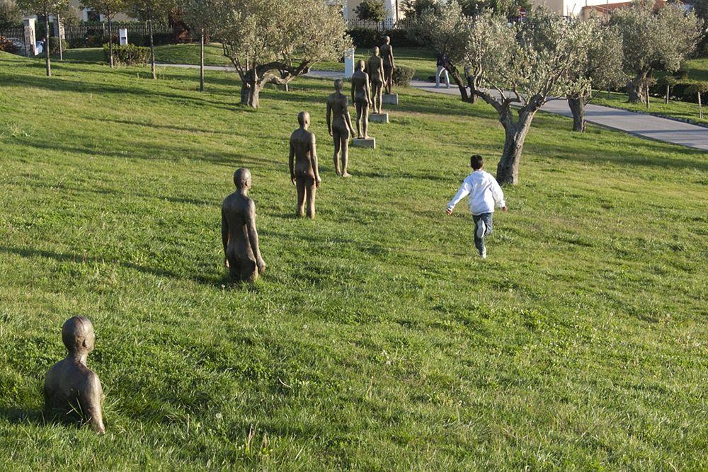 Calabria - Seven Times, opera di Antony Gormley (2006), Parco della Biodiversità Mediterranea, Catanzaro - Ph. Antony Gormley website