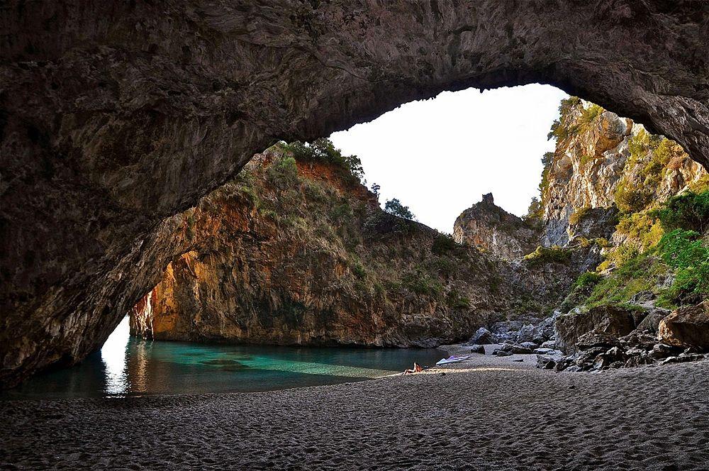 Calabria - La spiaggia dell'Arcomagno, San Nicola Arcella (Cs) - Ph. © Stefano Contin