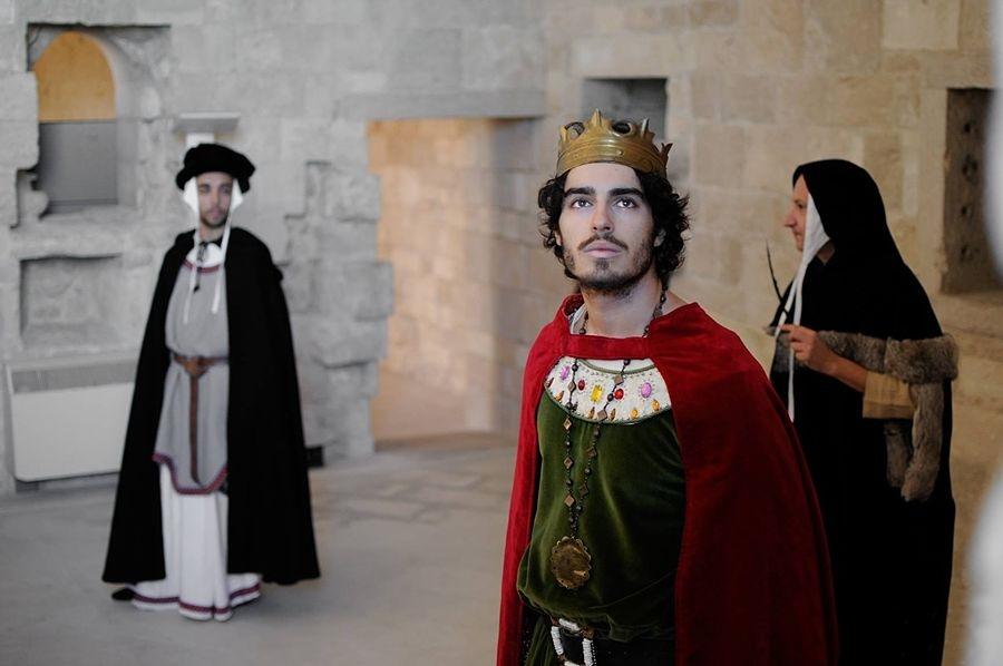 """Foto di scena da """"Federico II, il Sogno della Conoscenza"""" - Ph. Daniele Notaristefano"""