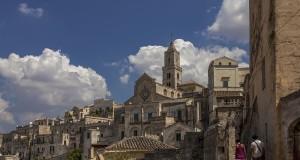 Matera per L'Aquila: la Città dei Sassi omaggia il capoluogo abruzzese con una ricca mostra d'arte