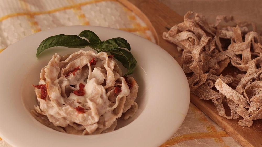 Piatto di Struncatura con fonduta di caciocavallo silano DOP e 'nduja di Spilinga - Ph. © Anna Laura Mattesini