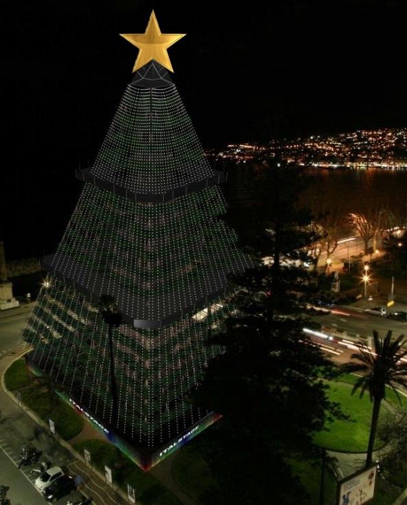 Albero Di Natale Piu Grande Del Mondo.N Albero Inaugurato A Napoli L Albero Di Natale Piu Alto Del Mondo