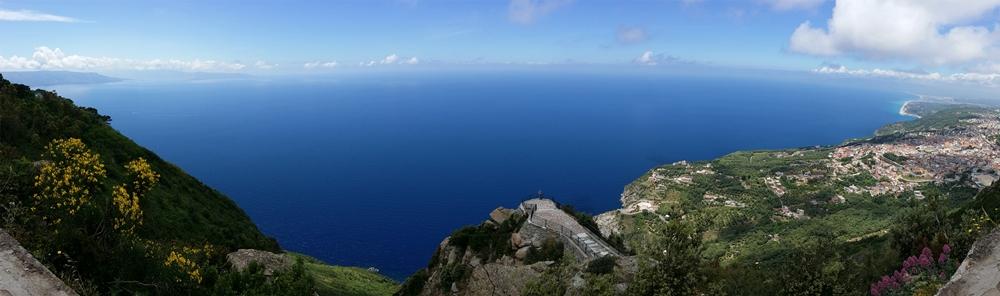 Veduta di Palmi e della sua costa dal Monte Sant'Elia - Ph. © courtesy Enrico Pata