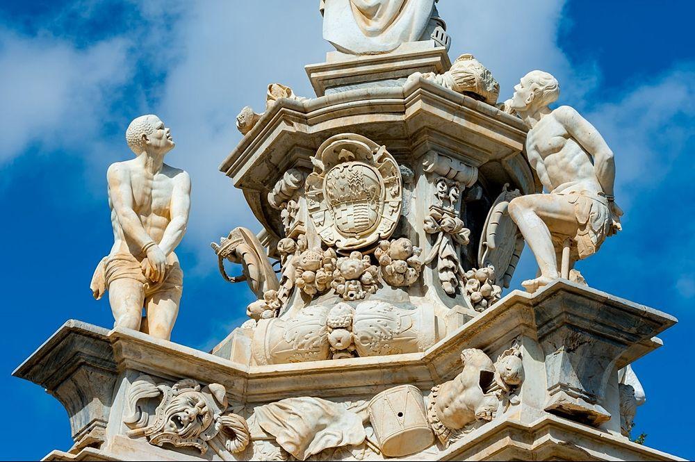 Sicilia - Teatro marmoreo, 1662, Piazza del Parlamento, Palermo - Ph. Salvatore Ciambra | ccby-sa2.0