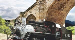 In treno d'epoca fra le meraviglie archeologiche e naturalistiche della Campania