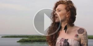 Cosenza e Rende nel video della cantautrice veneta Eva, prossima al debutto sanremese