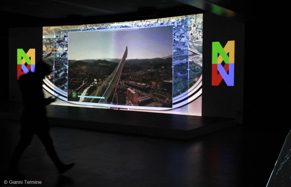 L'astronave Enterprise visualizza l'antenna del Ponte di Calatrava - Ph. © Gianni Termine