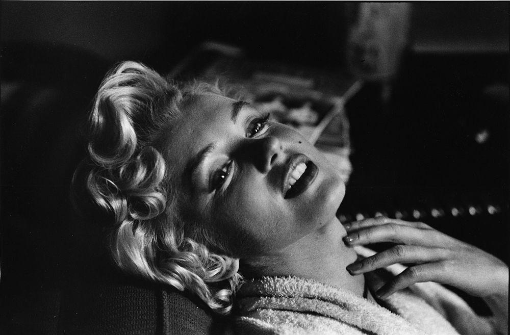 USA. Reno, Nevada. 1960. Marilyn MONROE during The Misfits. © Elliott Erwitt/MAGNUM PHOTOS