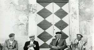 La grande fotografa Lisetta Carmi dona alla città di Cisternino 30 sue opere e 900 volumi