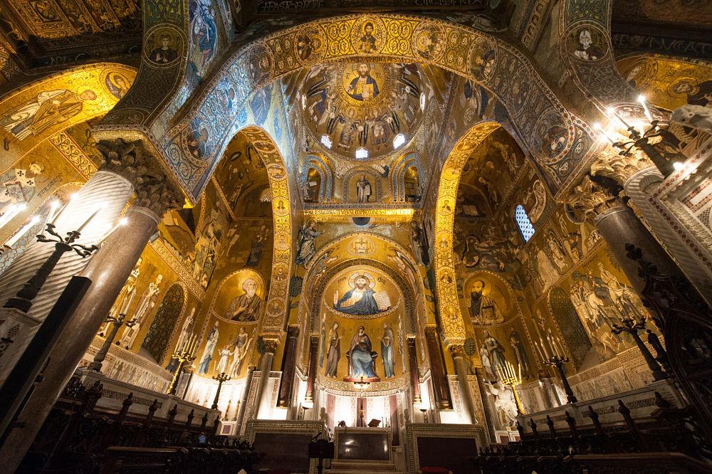 Scorcio della Cappella Palatina, XII sec., Palazzo dei Normanni, Palermo - Image source   public domain