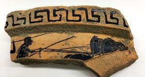 Paestum: volontari friulani ritrovano frammento di vaso ateniese del VI secolo a.C.