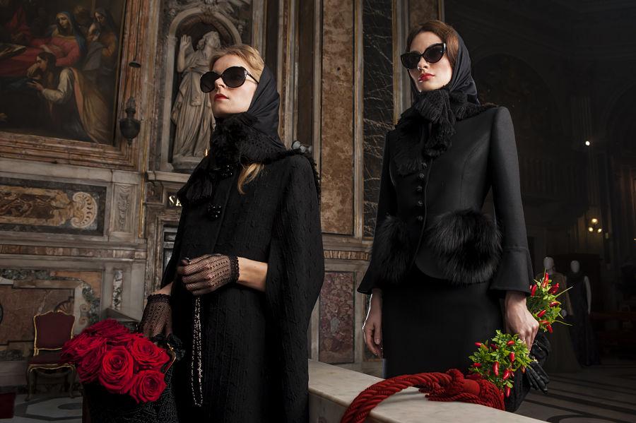 """Le ''women in black'' di Michele Miglionico per la collezione """"Madonne Lucane"""""""