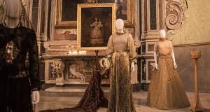 Madonne Lucane. Profumano d'incenso gli abiti di Michele Miglionico in mostra a Matera