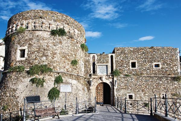 Scorcio del Castello di Pizzo Calabro - Source | ccby-nc-nd3.0