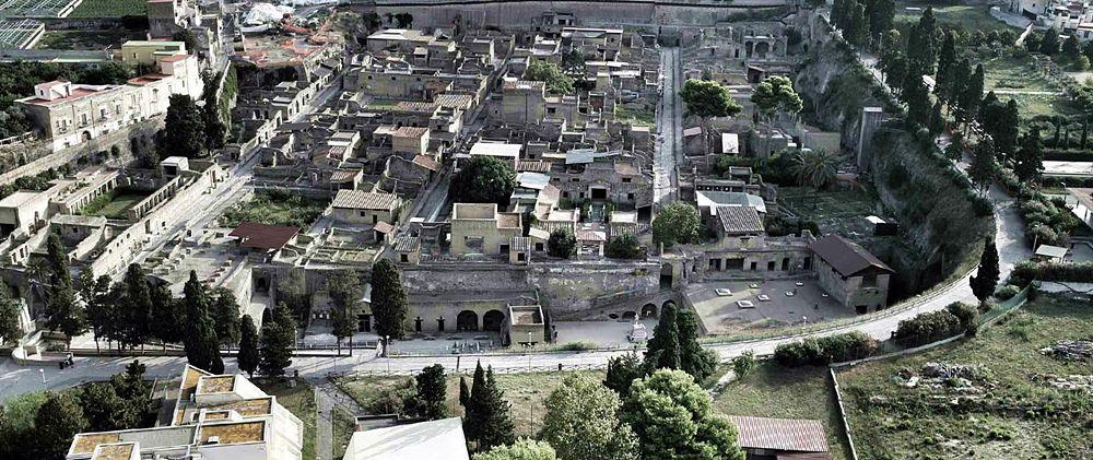 Veduta aerea del Parco Archeologico di Ercolano - Image by Mibact