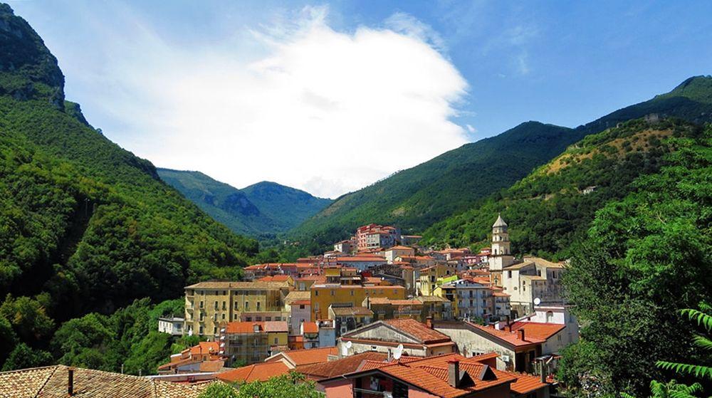 Veduta di Campagna (Salerno) - Ph. Gianfranco Vitolo   ccby2.0