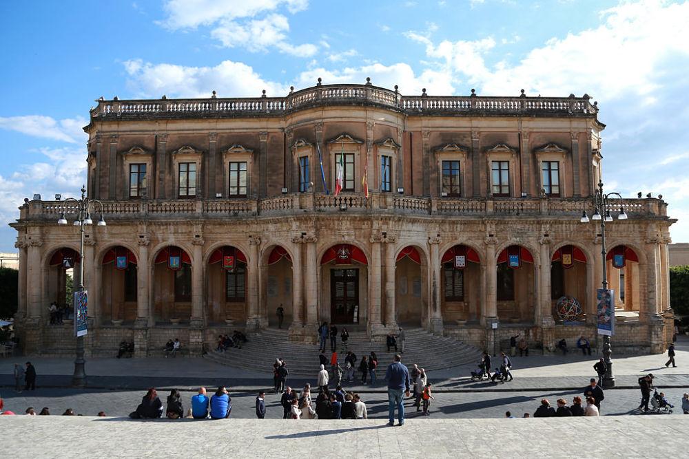 Scorcio di Palazzo Ducezio, XVII sec., Noto (Siracusa) | Ph. Enrico Strocchi | ccby-sa2.0