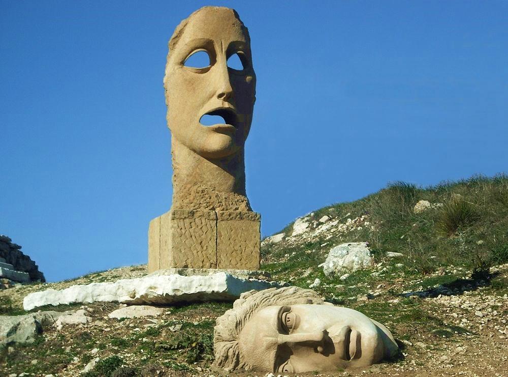 Lorenzo Reina, Maschera della Parola e Genius loci - image by Teatro Andromeda